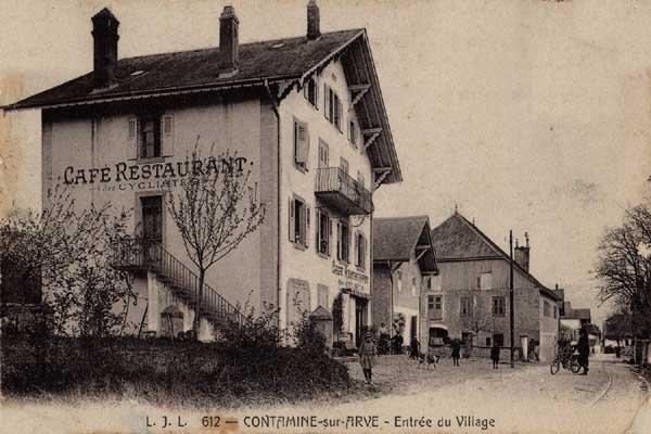 Carte Postale<br /> Entrée du village